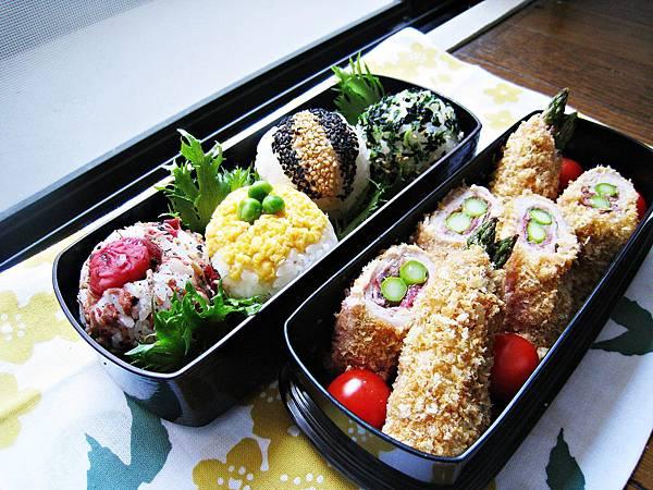 春日野餐便當!梅紫蘇蘆筍肉捲、彩色小飯糰