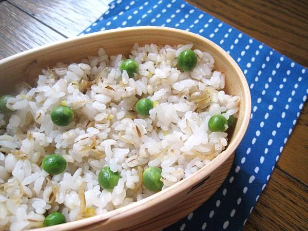 小魚山椒豌豆麥飯