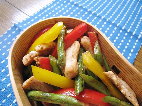 鵝油香蔥四季豆炒雞柳