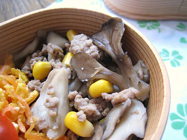 舞茸玉米炒肉末