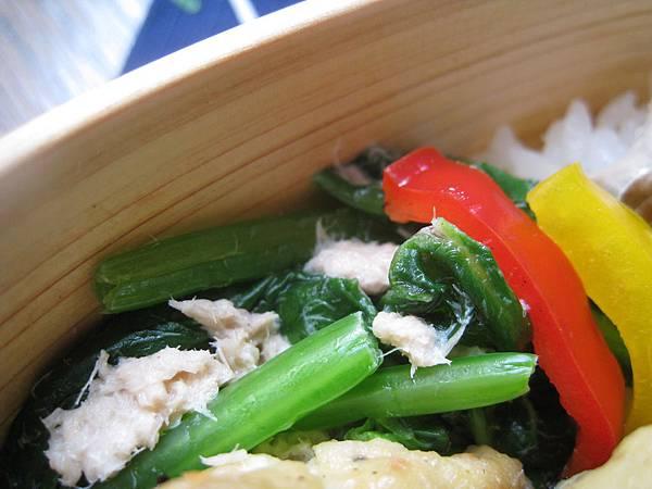 梅漬甜椒、鮪魚拌菠菜