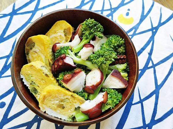 油醋章魚腳拌花椰菜、醬瓜玉子燒