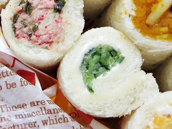 小黃瓜起司三明治捲