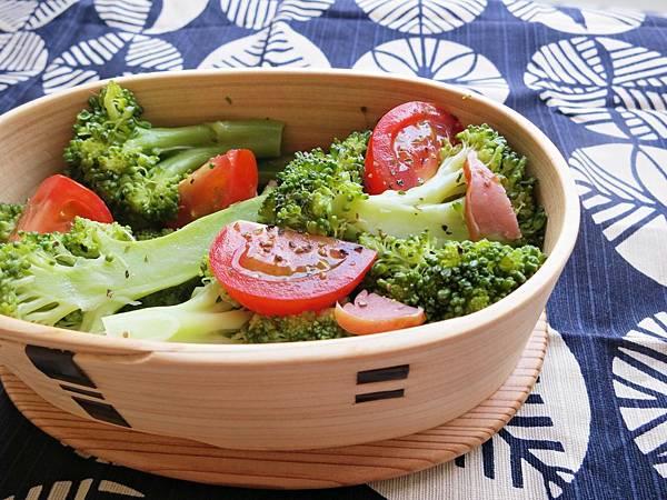 油醋醬培根番茄花椰菜沙拉