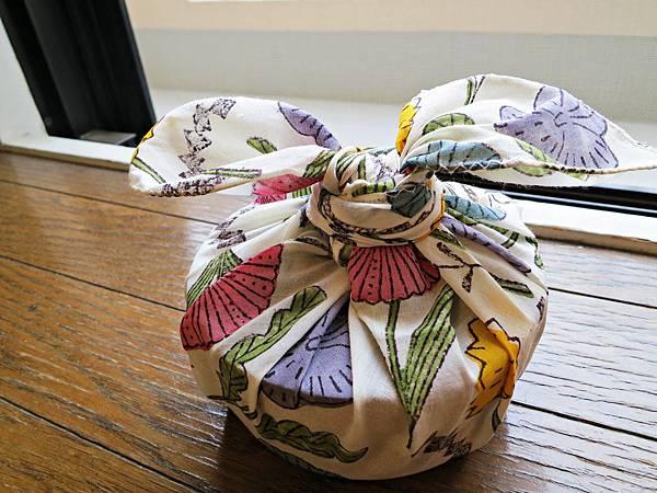 鹿児島睦的花手帕