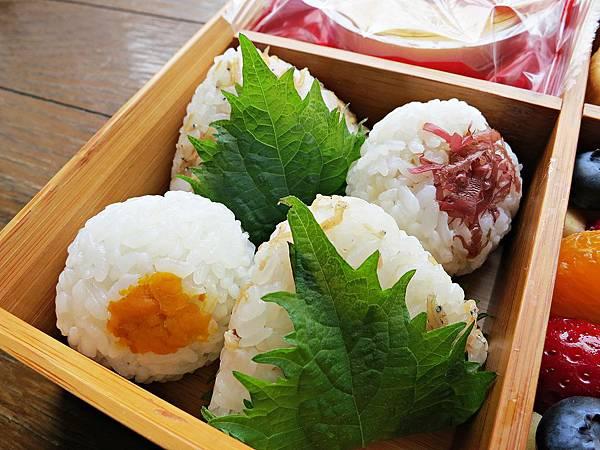 御飯糰:小魚山椒/蔥肉味噌