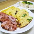 三種口味玉子燒+台灣香腸+京漬物,很混搭的一餐。三木的玉子燒沒有東京的那麼甜,但我們都還是喜歡築地那幾家名店的玉子燒多一點