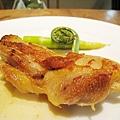 大白的主菜:烤雞肉