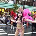 森巴舞還是由小麥膚色的女性跳比較有感覺