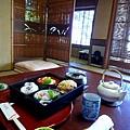期待已久的傳統日本料理陸續上桌