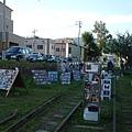 「鐵路攝影展」是在鐵軌上舉辦的露天攝影展,主題不一定是鐵路