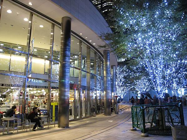 六本木之丘的TSUTAYA書店