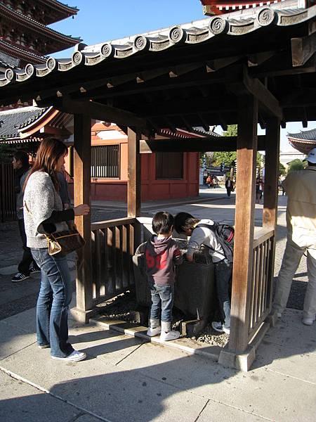 不知為何,日本小孩看起來特別純真可愛,是我的偏見?