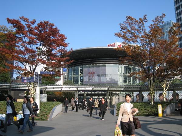 六本木地鐵站入口