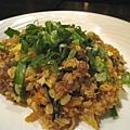 大白加點的牛肉泡菜炒飯,炒的很濕,但調味我很喜歡,牛肉軟爛入味