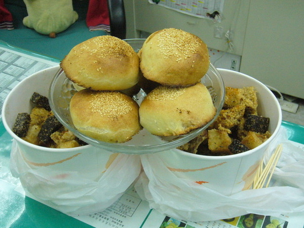 胡椒餅+鹹酥雞塔
