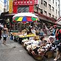南大門市場其實跟台灣的傳統市場很像
