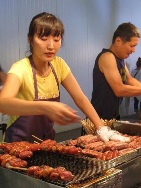 老闆娘工作很認真,但沒辦法改變食物難吃的事實