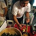 我挑了一攤最大的信州小黃瓜,上面抹了味噌,爽快開胃