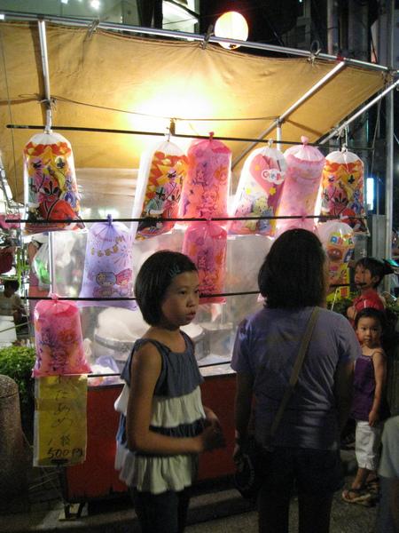 日本的棉花糖吃起來應該跟台灣差不多吧?
