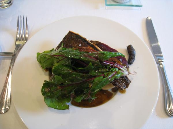 我的主菜:香煎比目魚佐綜合有機蔬菜