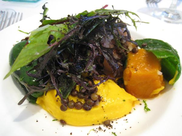 2009/11/4第三度光顧,有了前兩次經驗,這次都選最愛的。酸橙醬香煎干貝佐南瓜慕斯