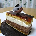 11/22,Saint Marc,焦糖苦甜巧克力香草慕斯,430円。這款我挺喜歡