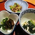 午間定食附的三樣小菜