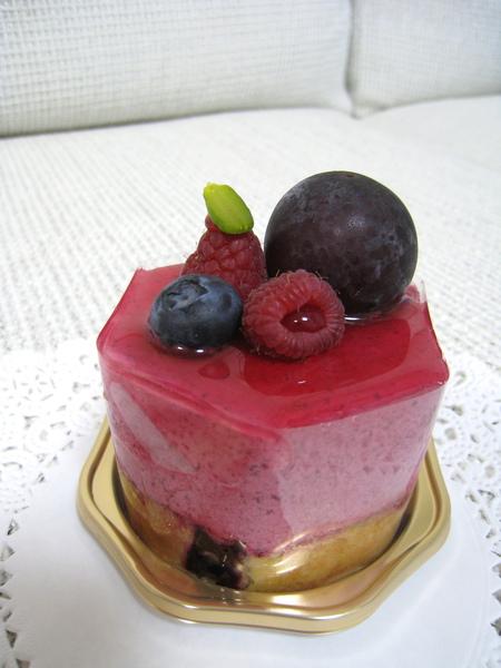 Sous Bois(スーボワ),黑醋栗覆盆莓慕斯,630円