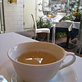 附餐茶飲照例點了我喜歡的花草茶,畫下完美句點