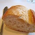 法國麵包佐豬肉泥,不小心就一口接一口,每次來都要續兩三回