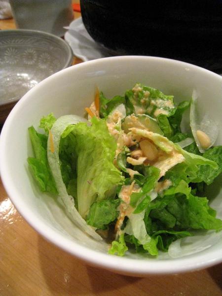 上完所有菜後,店家免費提供的芝麻醬生菜沙拉,滋味清爽,剛好中和一堆肉的油膩
