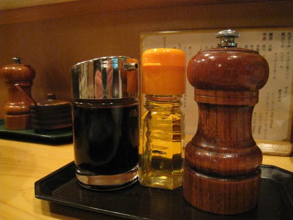 嫌味道不夠重,可以自行添加醬油、白醋或胡椒