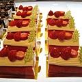 2009年聖誕蛋糕之一:草莓鮮奶油蛋糕捲,578円