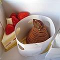 紙盒內部包裝的很專業,買完甜點在銀座逛了兩小時,蛋糕完全沒變形