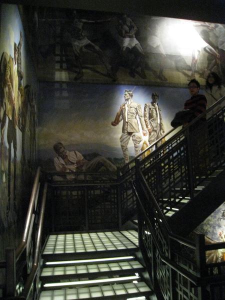 店內的壁畫很有看頭