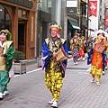 日本老爺爺老奶奶載歌載舞超可愛