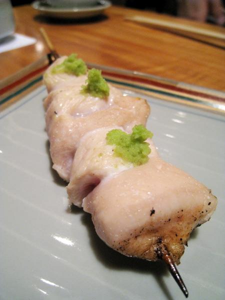 ささみ,烤雞胸佐芥末,雞胸肉內層烤的半生熟,肉要夠新鮮才敢這麼料理