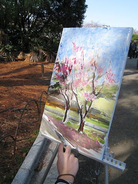 畫家很大方的讓我拍她的油畫