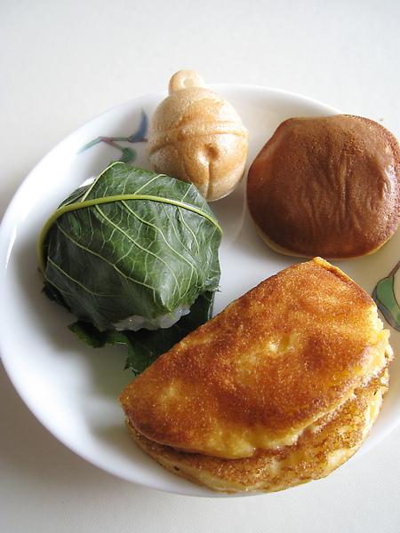 3/28的和菓子早餐:櫻餅、鈴乃最中、鈴乃〇餅、銅鑼燒