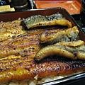 這個價位能吃到這麼大份量品質也不錯的鰻魚飯,真是太划算了