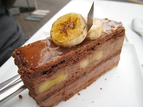 我也愛香蕉,不過一整個下午都在吃甜點,有點無法招架這麼厚重的味道,很想多叫一杯濃茶來配