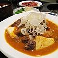 牛肉燉至軟嫩入味,份量又足,超下飯