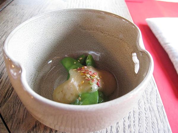 胡麻醬涼拌豌豆