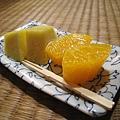 飯後水果:蜜柑和鳳梨,非常甜美多汁