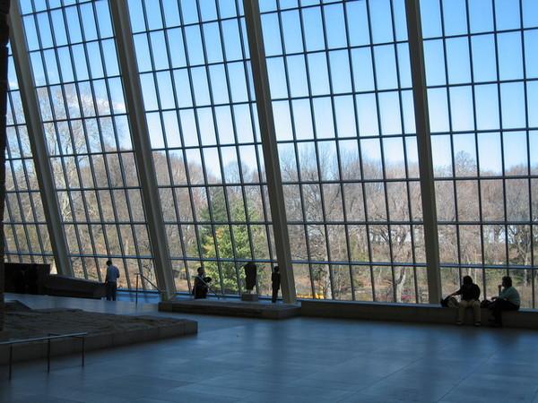 大都會博物館埃及館的落地窗
