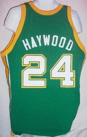 320_Supersonics_-_1973_Spencer_Haywood_Supersonics_Rd_jersey_back.jpg