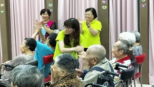 2017.10.2協辦博愛仁愛之家慶中秋_171104_0034.jpg