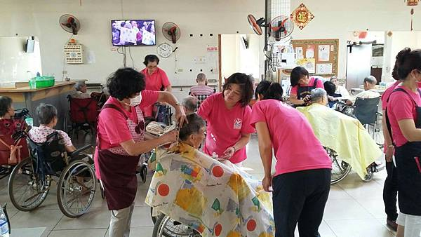 1015聖榕園老人養護中心義剪_119.jpg