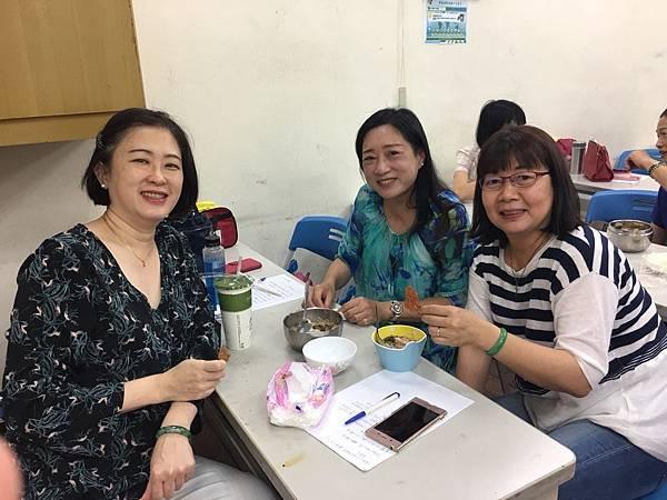 10758慶祝母親節秋雪分享大腸麵線_180511_0027.jpg